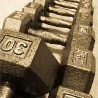 Guest Post, Healthy Living How To: Women and Weights