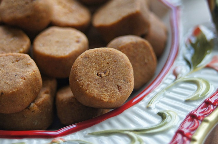 Paleo Parents Guest Post, Northwest Primal Pfeffernüsse Cookie Close-Up