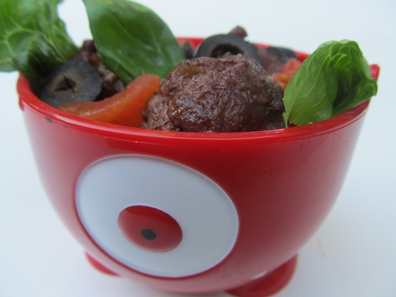 Meatball Salad, How to Get Your Kids to Eat Their Veggies | Paleo Parents