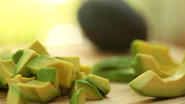 cut avocado2