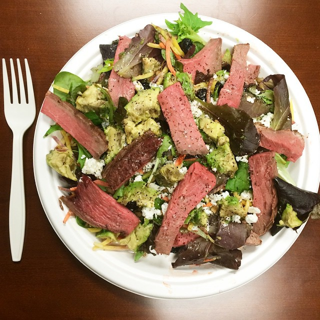 Roast beef salad, Paleo Parents Weekend Wrap Up 3/1: We're BINGING On WHAT?! Plus Travel PROTEIN IDEAS & FLAVORFUL Recipe Favorites!