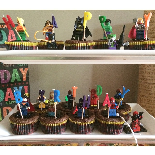 Wes action figures cupcakes, Paleo parents weekend wrap up 5/9: Flippin' WHAT?! Plus, PERFECT Warm Weather Recipes!