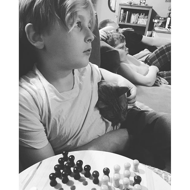 paleo relaxation and chinese checkers | Paleo Parents